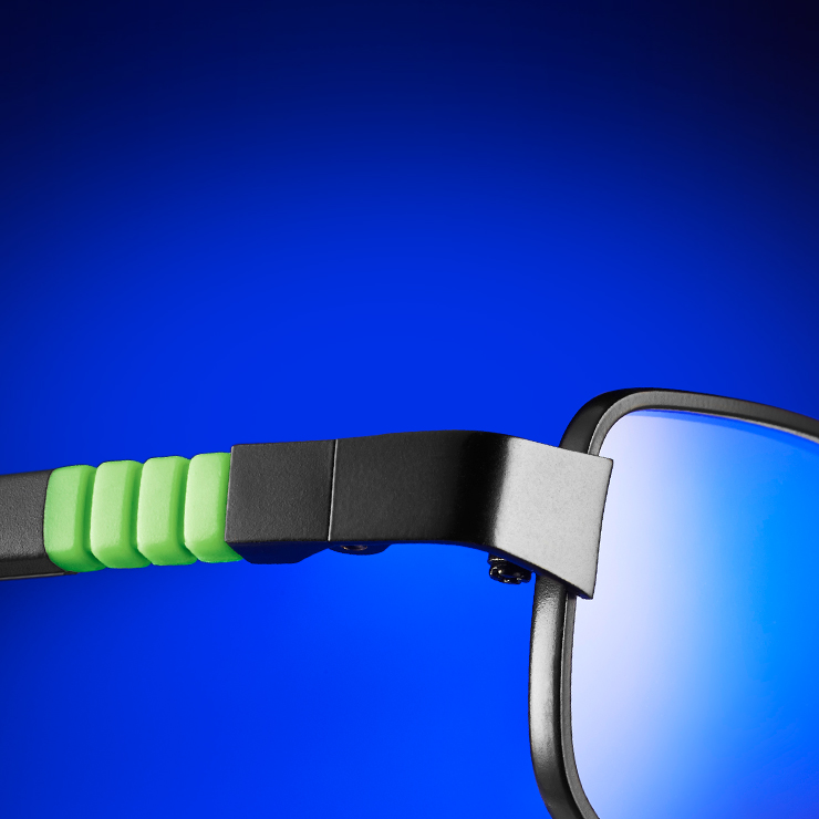 oio children's glasses offer maximum safety thanks to TITANflex technology